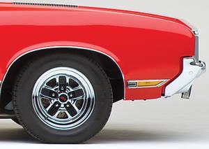 Cutlass/442 Body Side Moldings, 1970-71 Cutlass Supreme/SX Front of Fender