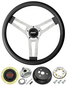 1969-77 Chevelle Steering Wheels, Classic Series Black Wheel w/Red Bowtie Cap, by Grant