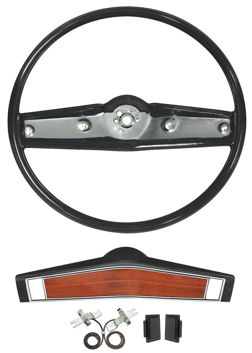 Photo of Steering Wheel, 1969-70 Standard Camera Case Grain