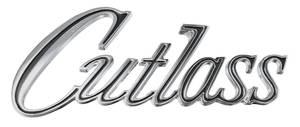 """Cutlass/442 Trunk Emblem, 1970 """"Cutlass"""" (Script)"""