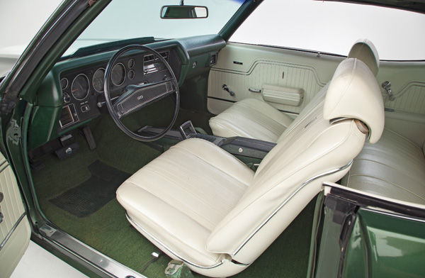 Photo of Interior Kit, Chevelle Stage IV , Bucket, Convertible w/glass rear window