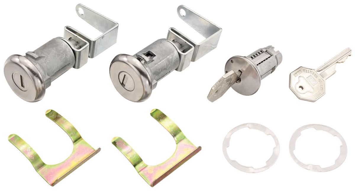 Photo of Lock Set: Ignition & Door octagon keys, long cylinder